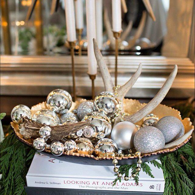 Antlers, ornaments & beads = easy peasy decorating  #amandacarolholidays