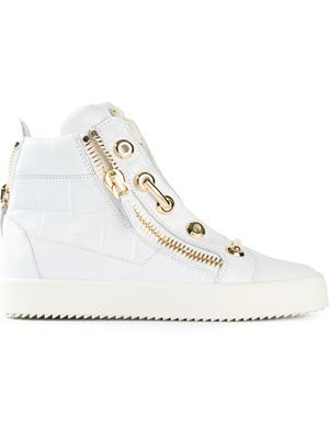 7e98928c8be Women s Designer Sneakers 2015 - Farfetch