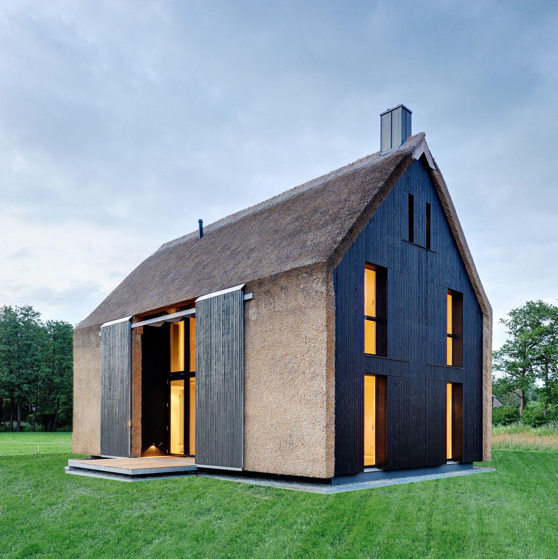 reetdachhaus in dar mecklenburg vorpommern. Black Bedroom Furniture Sets. Home Design Ideas