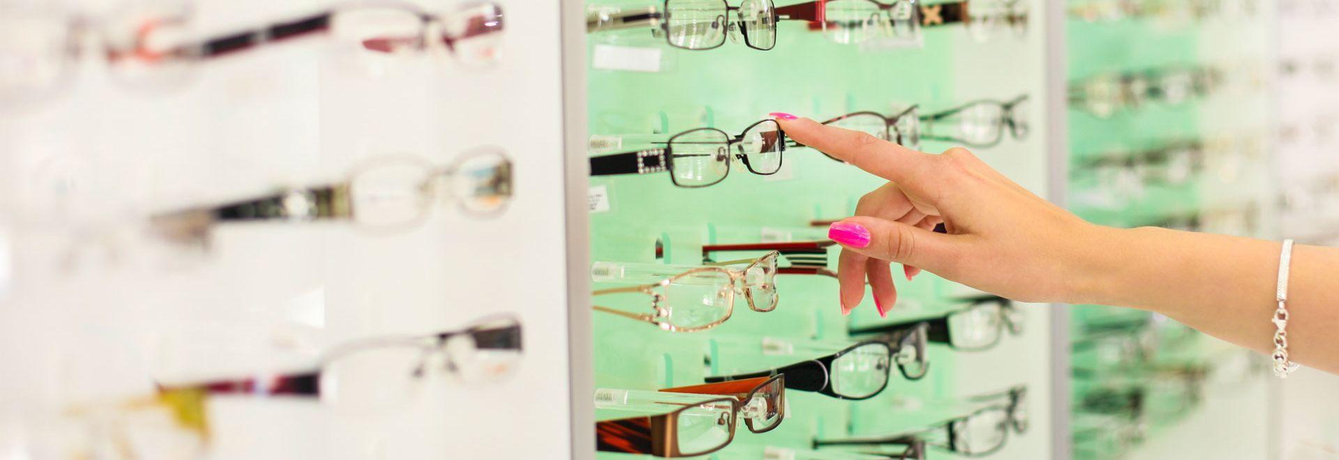 How To Get The Best Eyeglass Lenses Best Eyeglasses Eyeglass Lenses Eyeglasses
