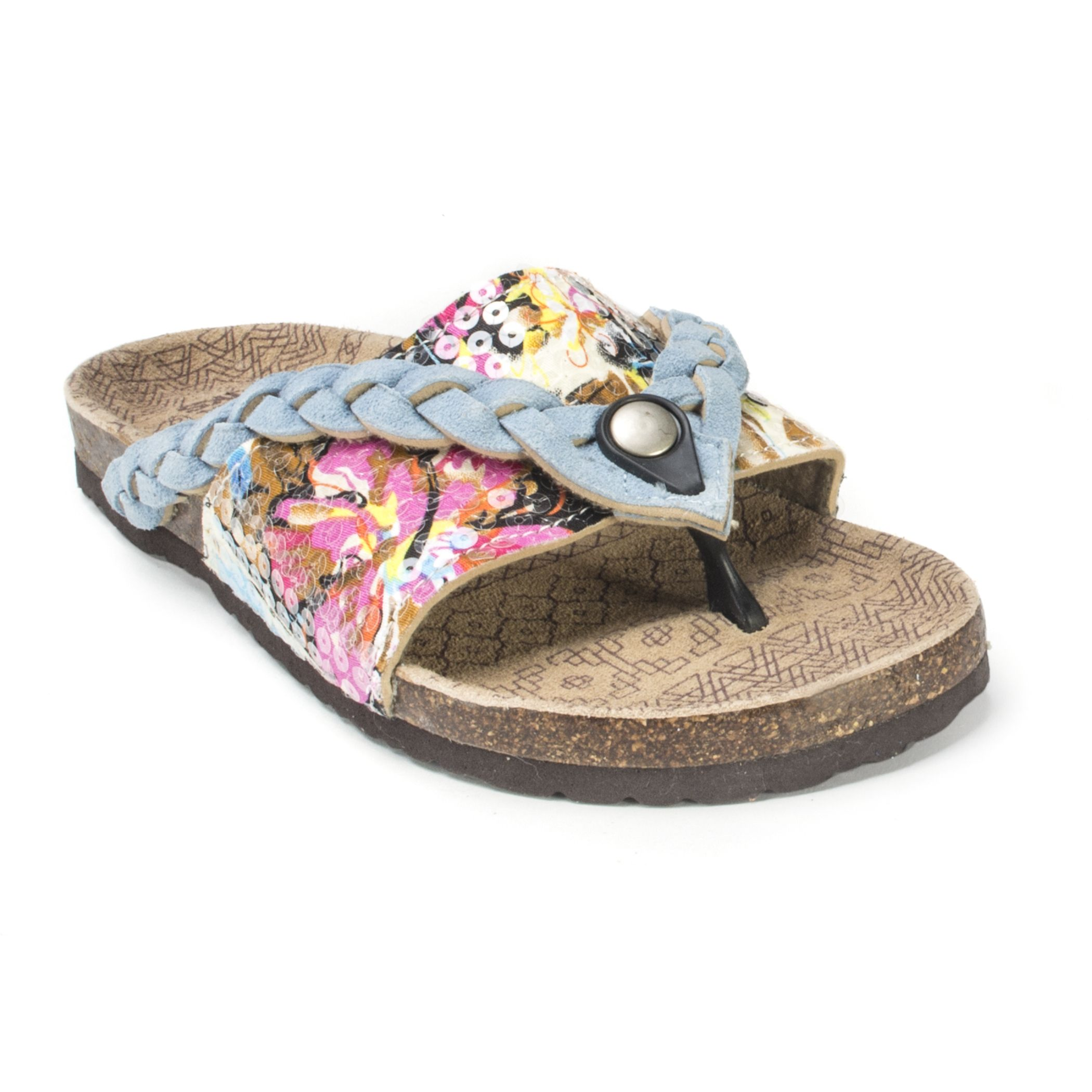 The Ann sandals by Muk Luks are not your average comfort shoes. These sweet kicks will cradle your foot in comfort while the sequined and braided upper will add a flash of glam to your warm-weather wardrobe.