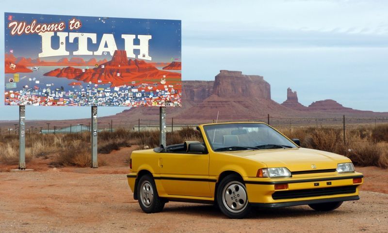 This Old Convertible Honda CRX Was The Best Car To Take Through The Desert