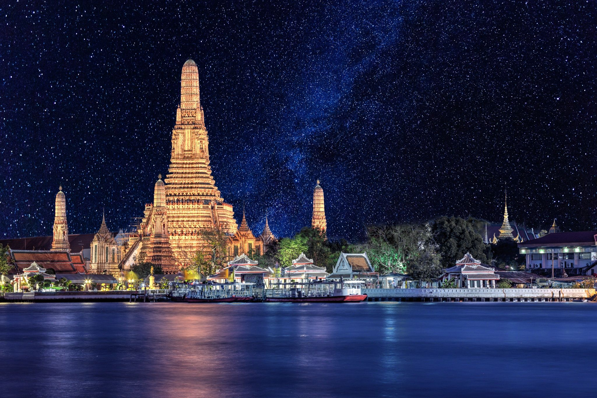 Watching Wat Arun by AdrienC Photography on 500px