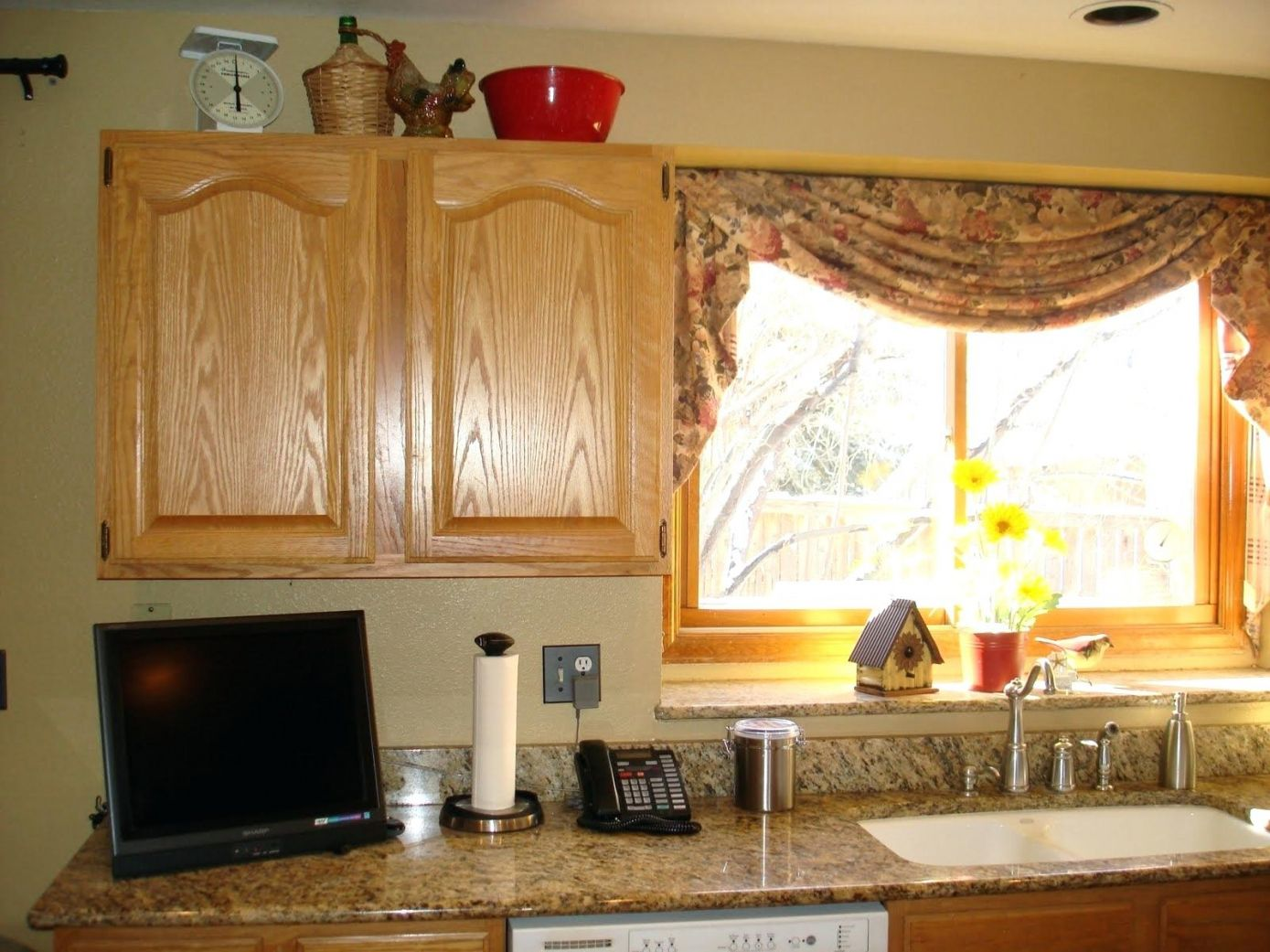 77 modern valances for kitchen windows best interior house paint check more at http