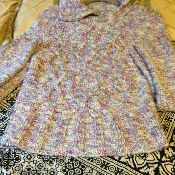 Guess sweater size L Used 2x excellent condition Jackets & Coats