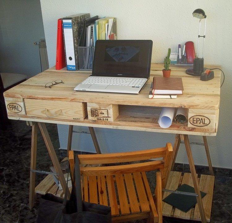Kleiner Schreibtisch Aus Holzpalette Fürs Heimbüro