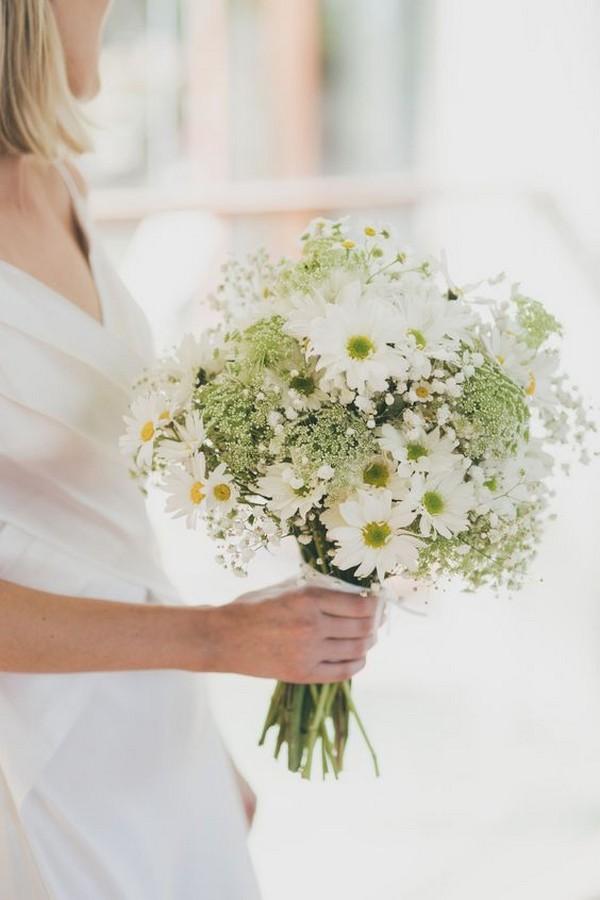 30 Baby S Breath Wedding Ideas On Budget In 2020 Daisy Bouquet Wedding Hand Bouquet Wedding Daisy Wedding Flowers