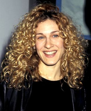 Sarah Jessica Parker Curly Natural Hair Curly Hair Styles Naturally Curly Hair Celebrities Natural Hair Styles