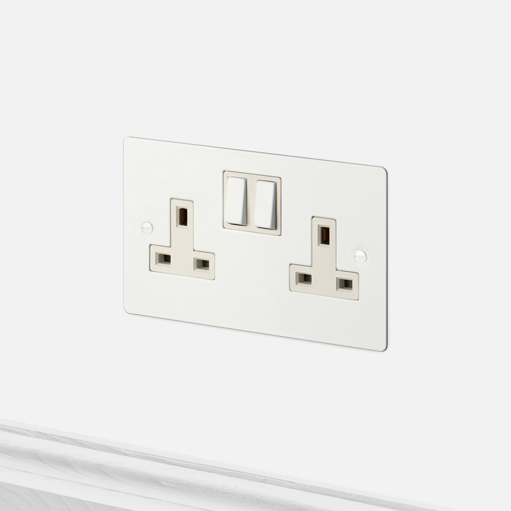 2g Uk Plug Socket White Plug Socket Light Switches And Sockets Sockets