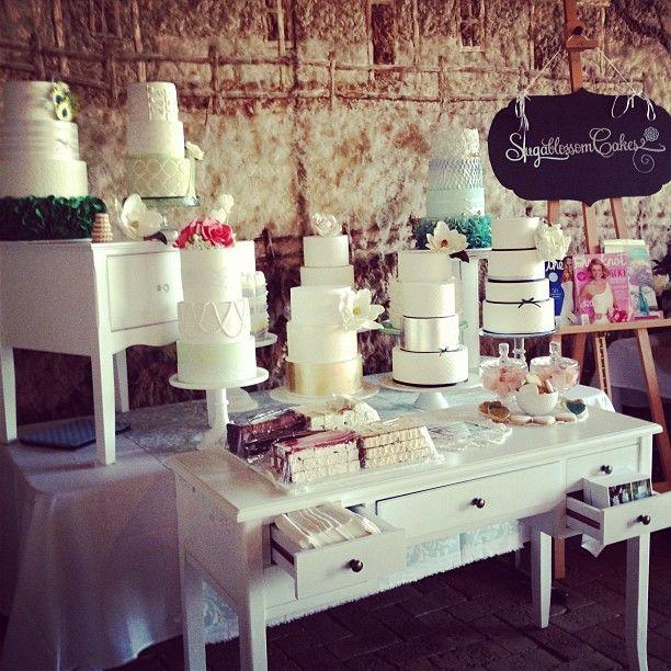 Suga Blossoms Display Table With Images Wedding Cake Display
