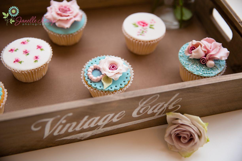 High tea cup cakes