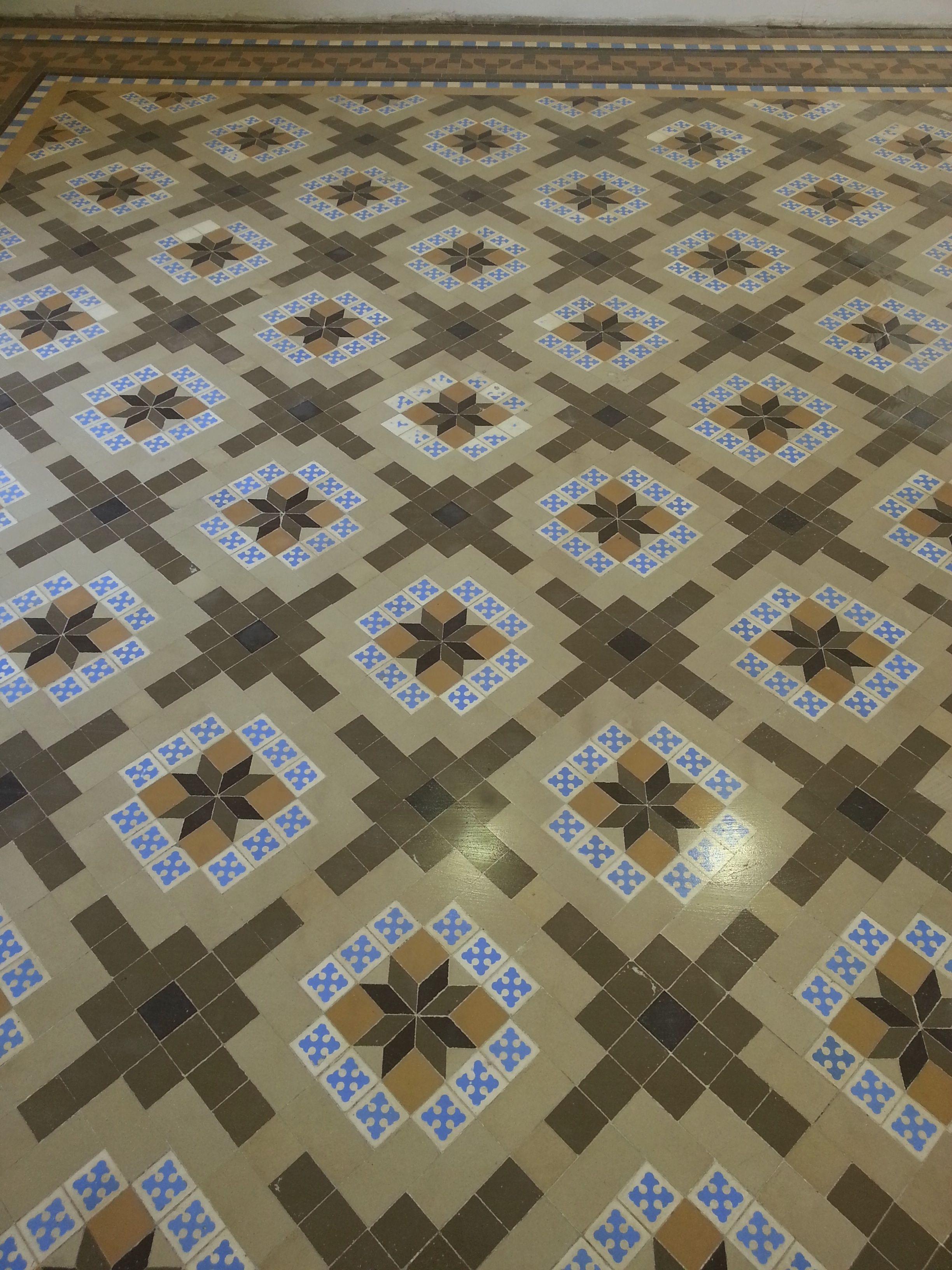 pavimento de mosaico de Nolla morednista