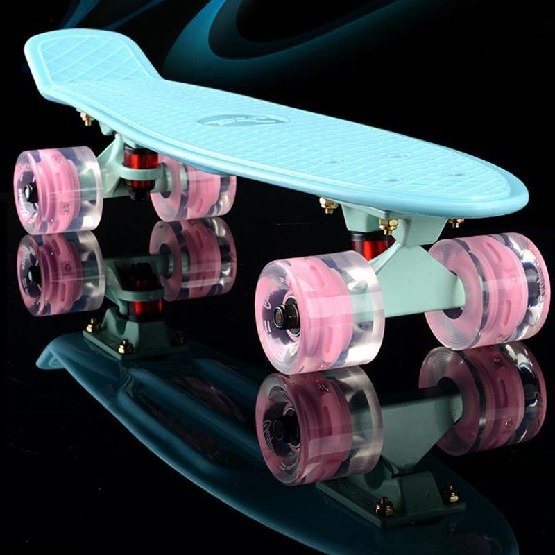 2016 mini Cruiser Skateboard LED-licht Vier rad Skate board erwachsene & kinder kleine skateboard Cent Bord banana Langes Brett