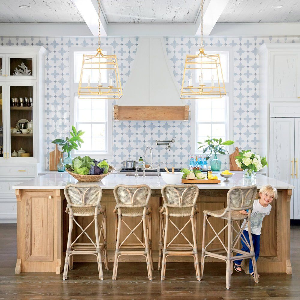These Beach House Cookspaces Are Seriously Sensational And We Ve Got The Secret Ingredients Behind Them Get Kitchen Inspirations Coastal Kitchen Home Kitchens
