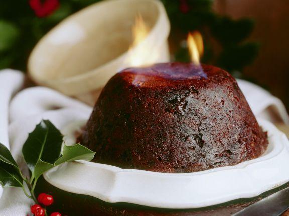 Flambierter Weihnachtspudding nach englischer Art ist ein Rezept mit frischen Zutaten aus der Kategorie None. Probieren Sie dieses und weitere Rezepte von EAT SMARTER!