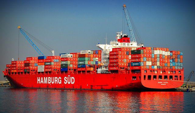 Hamburg Süd colour identity