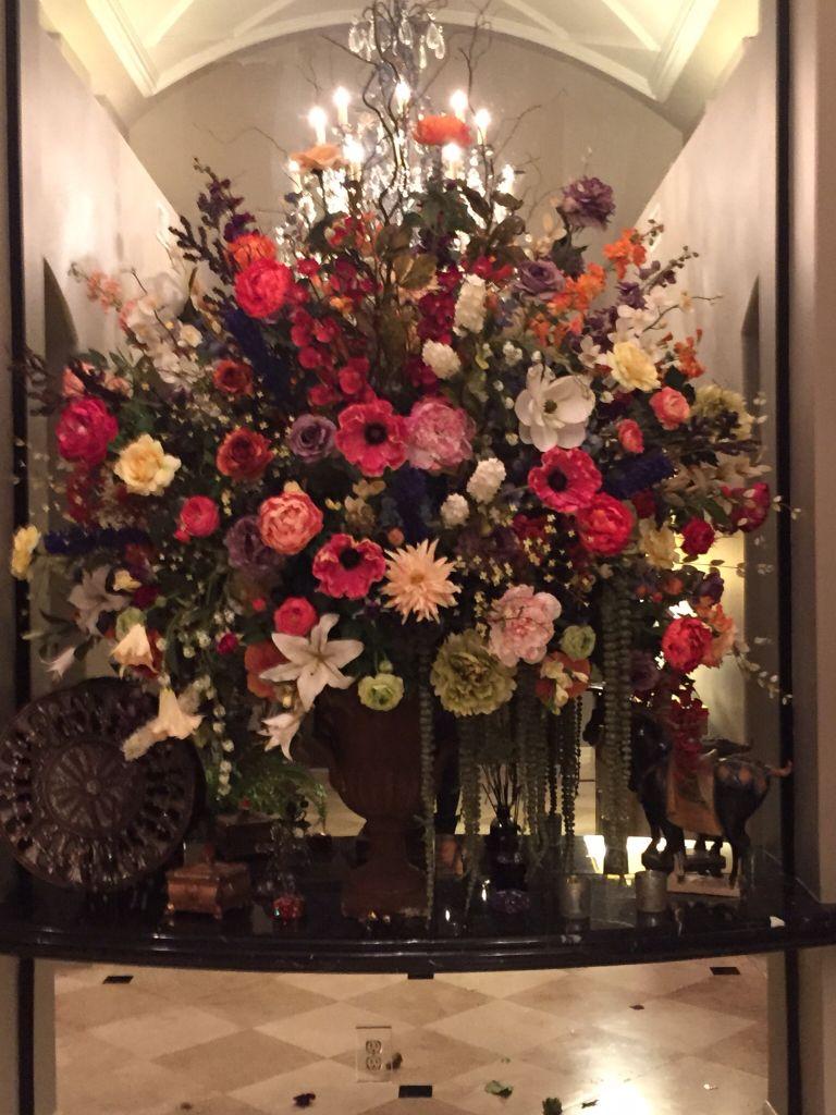 This Main Entrance Has A Spectacular Flower Arrangement Flowers