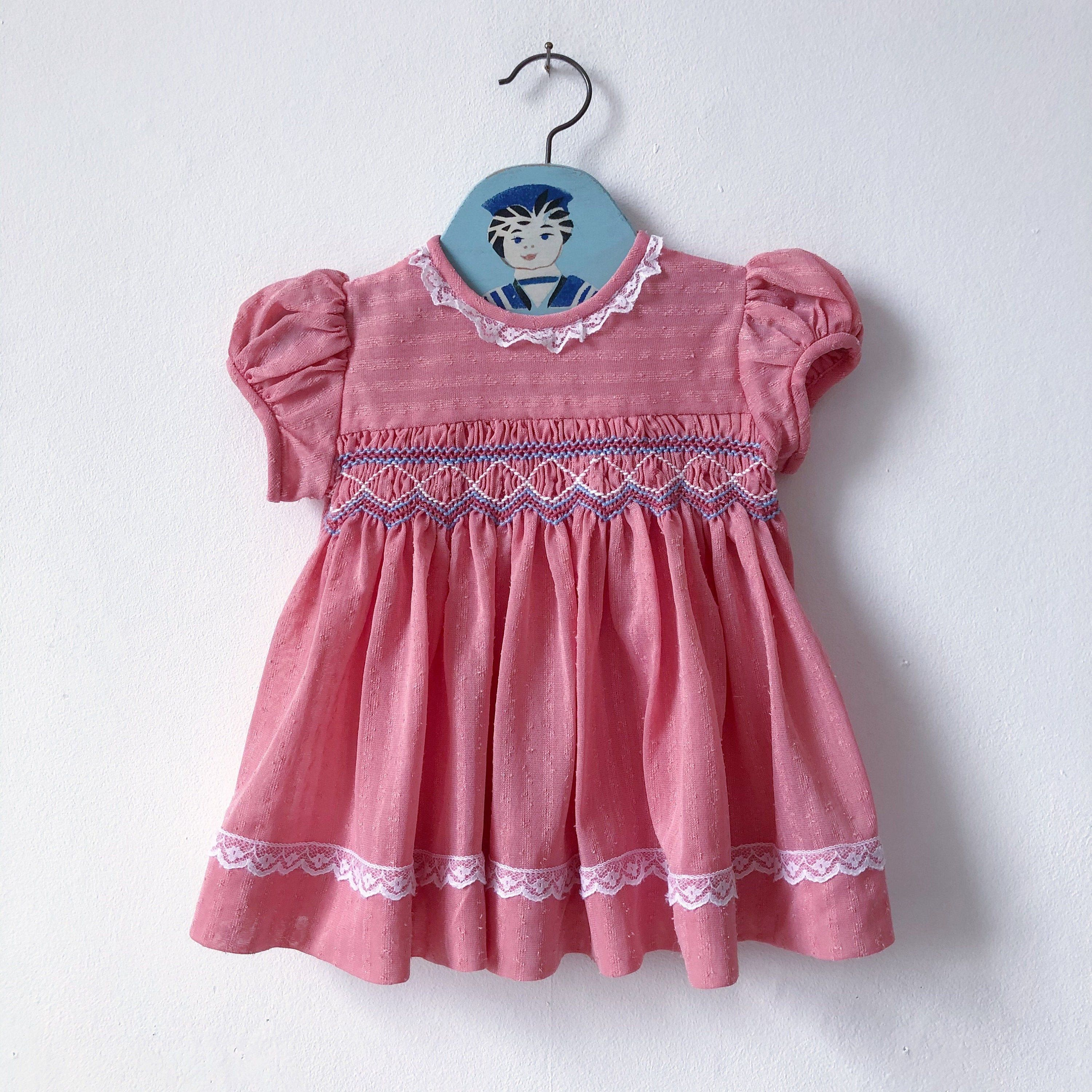 SIZE 12-18 Month 1950s Red Gingham Girls Dress  Vintage Embroidered Peter Pan Collar Little Girls Dress  Baby Girl Casual Dress