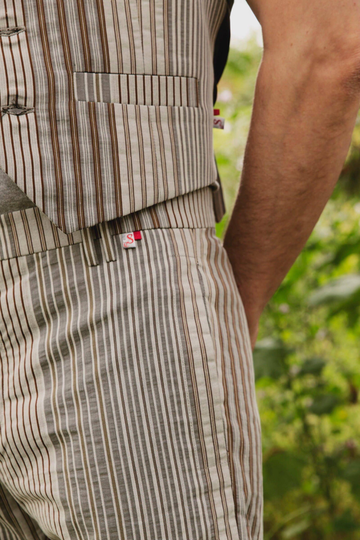 Pantalón 214M Veneto de Snobiliaire https://l.bloombees.com/SB26163L44 #bloombees