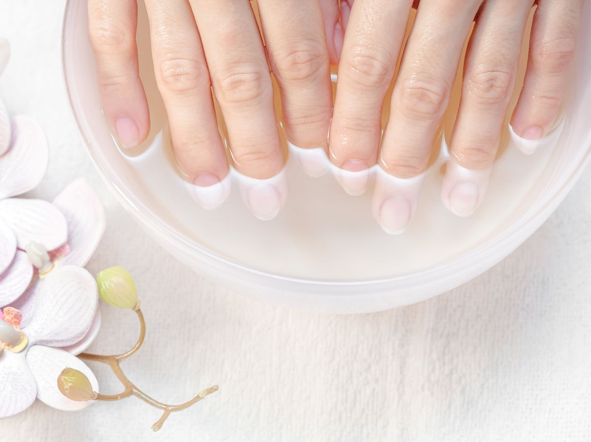 Soothing Soak For Dry Hands Dry Nails Hand Soak Nail Treatment