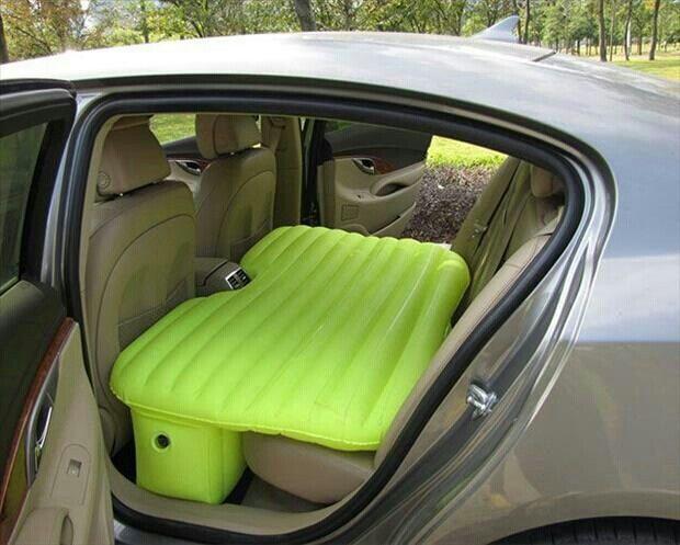 Para dormir en el coche
