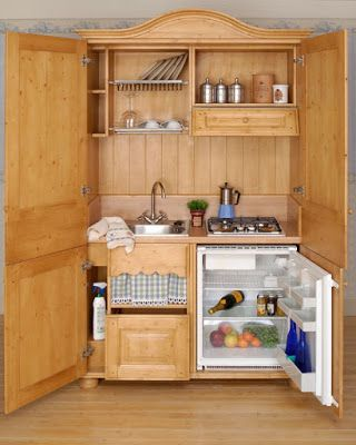 BOISERIE & C.: La cucina nell\'armadio | Cucina Armadio | Pinterest ...