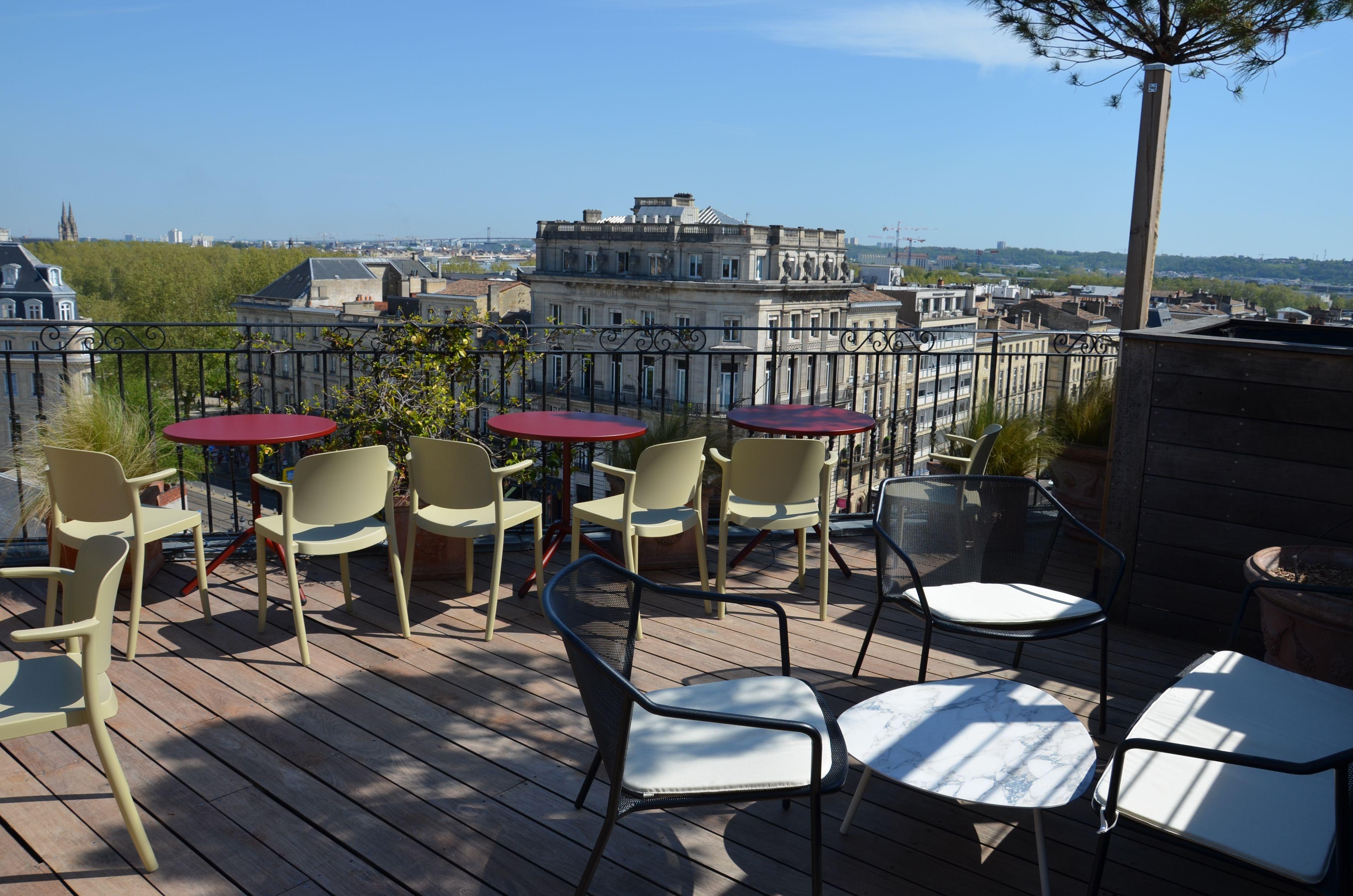 Le Bon Coin Gironde Ameublement terrasse en bois du rooftop de l'intercontinental grand