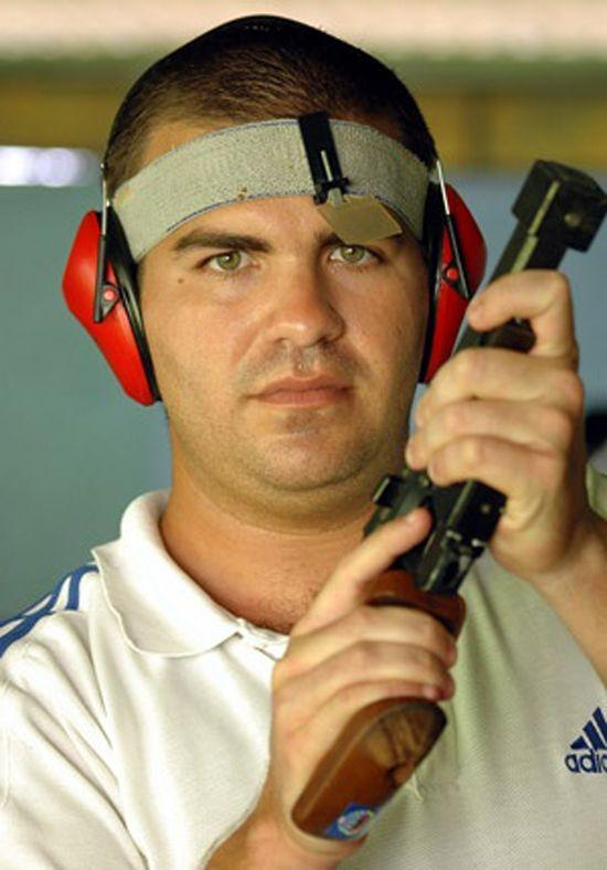 Hoy irá a la línea de disparos el campeón olímpico Leuris Pupo, en la jornada preliminar de pistola de tiro rápido a 25 metros, evento que se definirá mañana