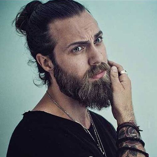 Viking Man Bun And Beard The Best Cristiano Ronaldo Hairstyle