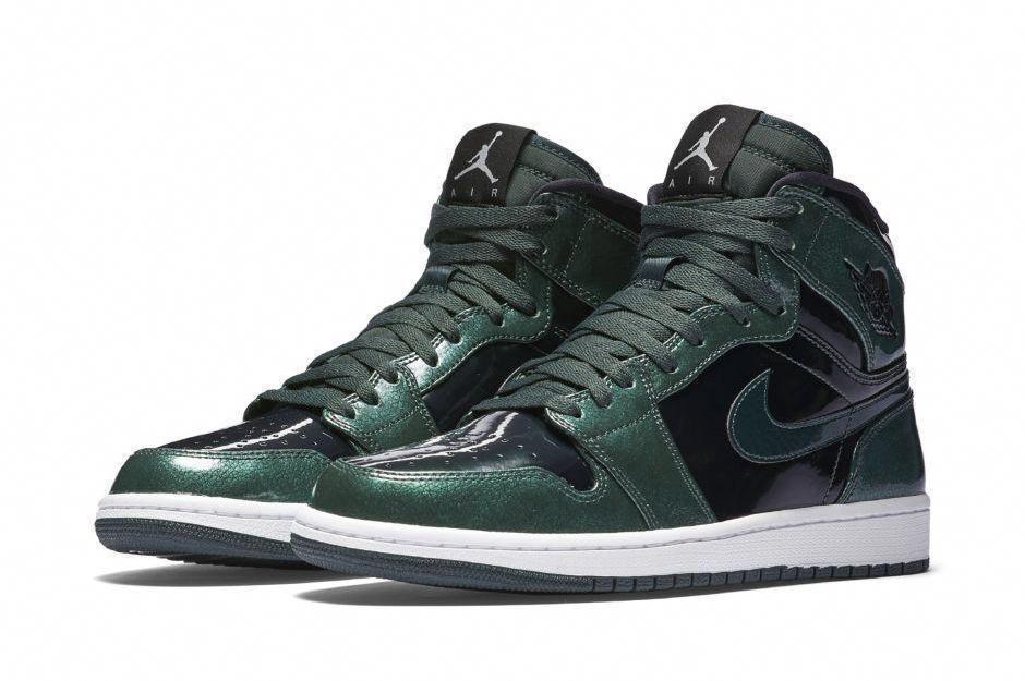 outlet store 7a9f6 74a40 Nike Air Jordan 1 Retro High Mens Basketball Shoes 10.5 Grove Green 332550  300  Jordan