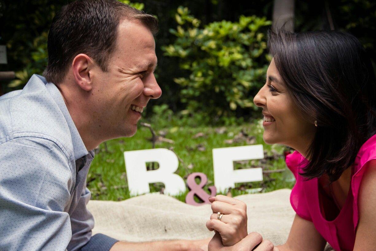 Bodas De Madeira 5 Anos De Casados Ensaio De Casal Com Imagens