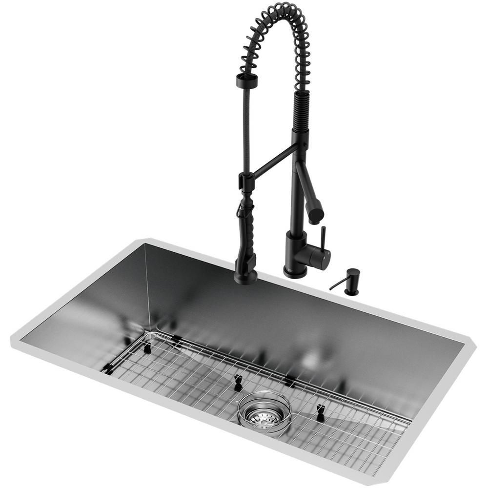Vigo All In One Undermount Stainless Steel 32 In 0 Hole Single B Single Bowl Kitchen Sink Stainless Steel Kitchen Sink Undermount Stainless Steel Kitchen Sink
