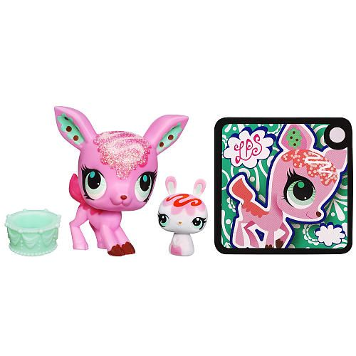 Littlest Pet Shop Totally Talented Pets Figures Deer Bunny Hasbro Toys R Us Lps Littlest Pet Shop Little Pets Little Pet Shop