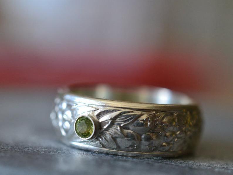 Men S Peridot Wedding Band 3mm Green Stone Personalised Etsy Silver Wedding Bands Sterling Silver Wedding Band Peridot