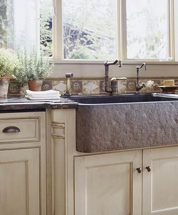 Incroyable Stone Farmhouse Sink An Upscale Kitchen Remodeling Project Features A  Rugged Apron Front
