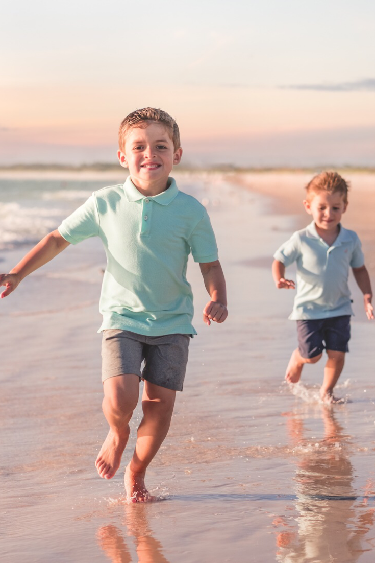 We have everything you need to know before taking family beach pictures from outfits to pose ideas a...
