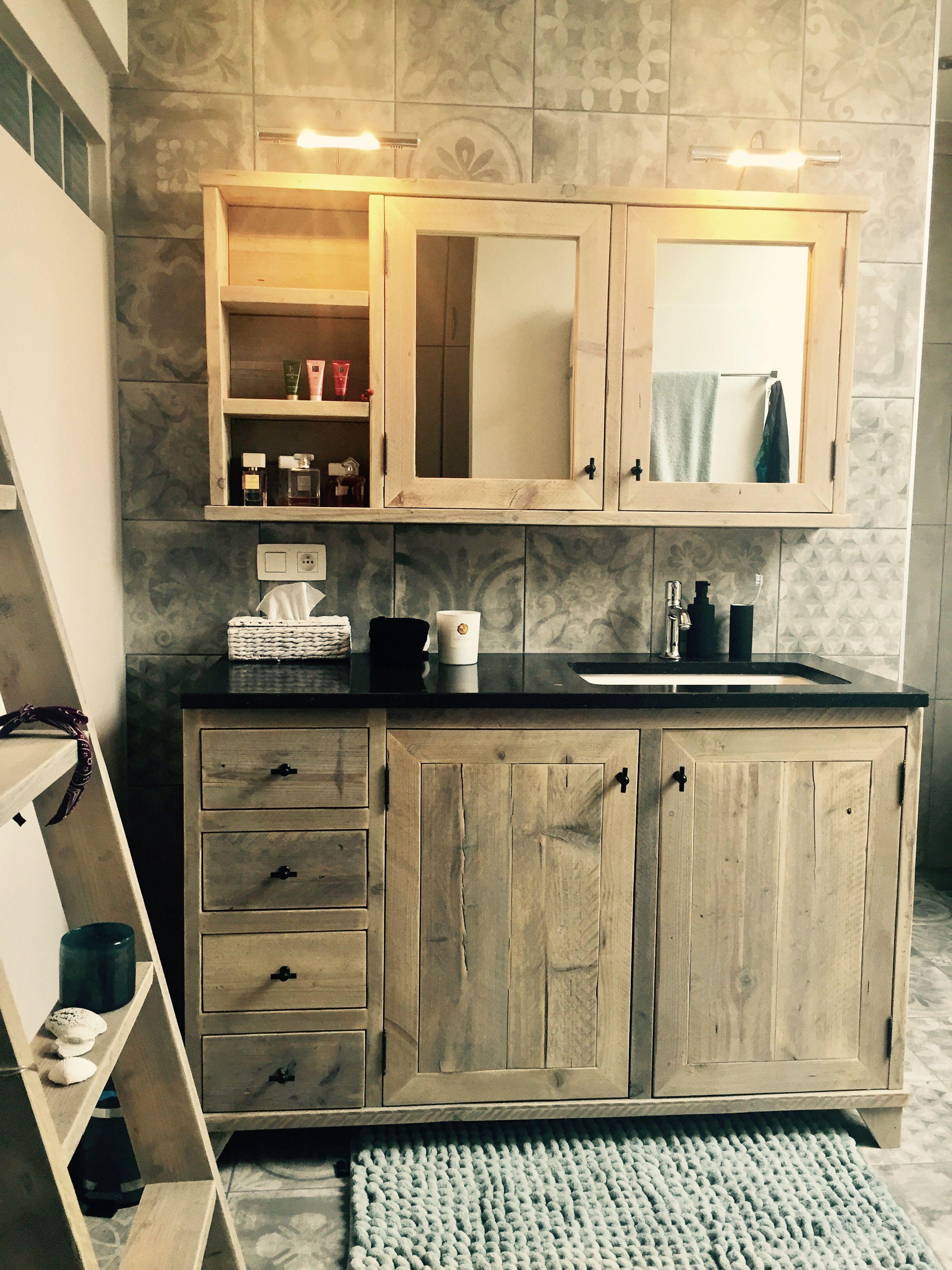 Barn wood vanity Badkamermeubel steigerhout Own creation ❤
