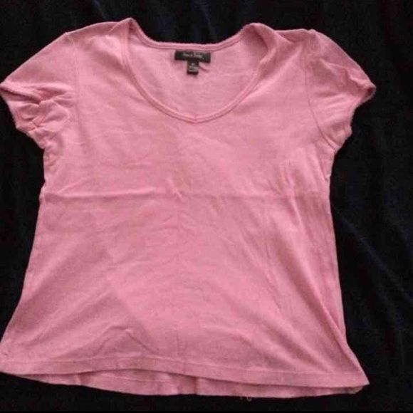 Old Navy BUNDLE Ladies Tees XL This is for Old Navy and Steve & Berry's Ladies Tees size XL:  •S&B Pink short sleeved tee worn twice- in excellent condition.  •Old Navy Red USA flag tee 2012 brand new tags still attached.  •Old Navy white Indianapolis Colts short sleeved tee - new without tags.  •Old Navy Aqua short sleeved tee- brand new with tags still attached. Old Navy Tops Tees - Short Sleeve