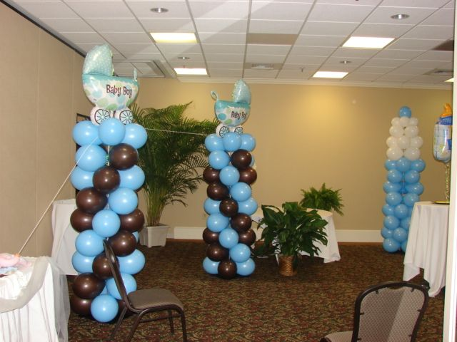 Baby Shower Balloon Columns In Nursery Theme Colors. These Balloon Columns  Held A Clothes Line