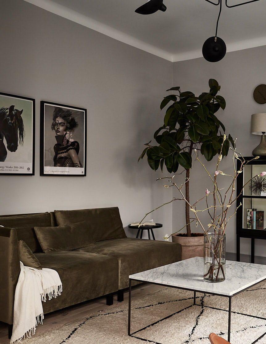 Innenarchitektur wohnzimmer grundrisse stylish and cozy home with dark walls  interior  pinterest