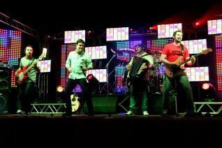 VANERA TOP - Os melhores grupos de vanera da região. (26/05/2012)