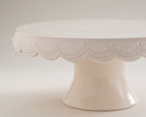 Cake stand with scallops and stitching. Deeeelightful.