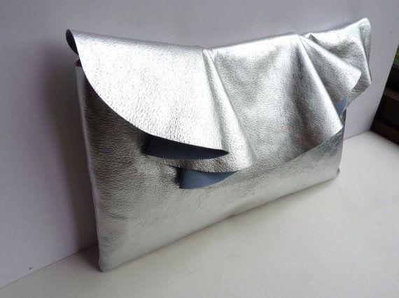 Metallic leather bag with ruffle detail, large #metallicleather
