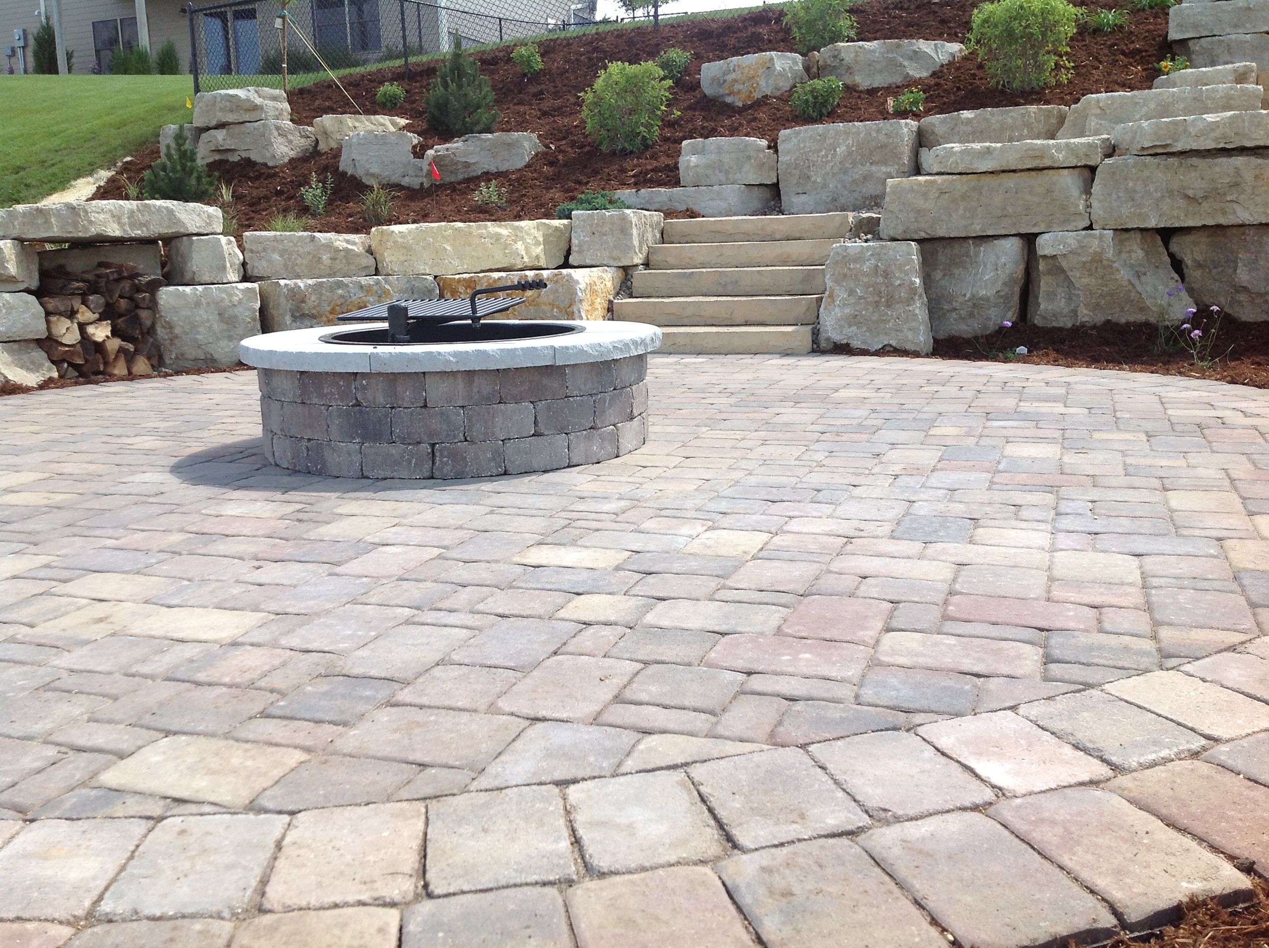 interlock colonial paver bricks with a rcp lakeland firepit and