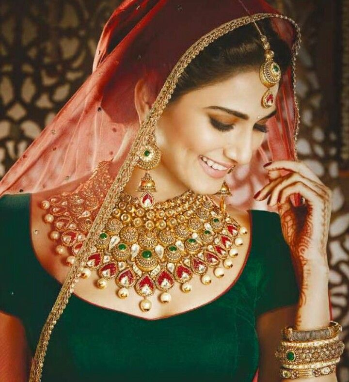 Pin by Sarvat Amaz on Bridal mehndiwllery