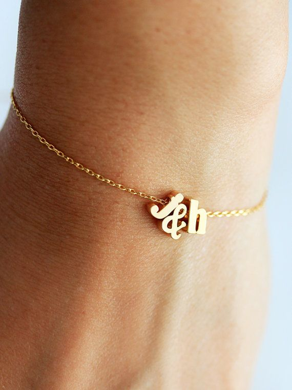 Initials Bracelet Lowercase Letter Heart Or Ampersand Valentine S Gift For Her Personalized Bridesmaid Initial In 2018 Tom
