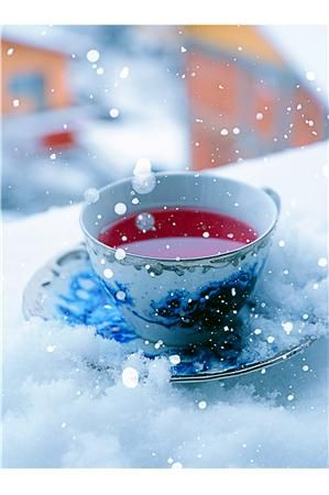 A cup of tea in the snow.