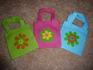 No time to be bored: Kids craft: flower purse