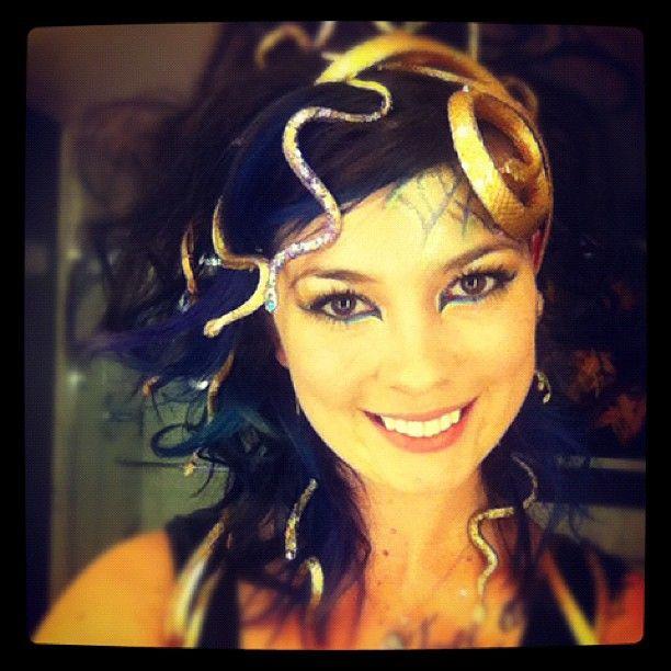 28 Last-Minute DIY Halloween Costumes Medusa, Halloween halloween - diy halloween costume ideas for women