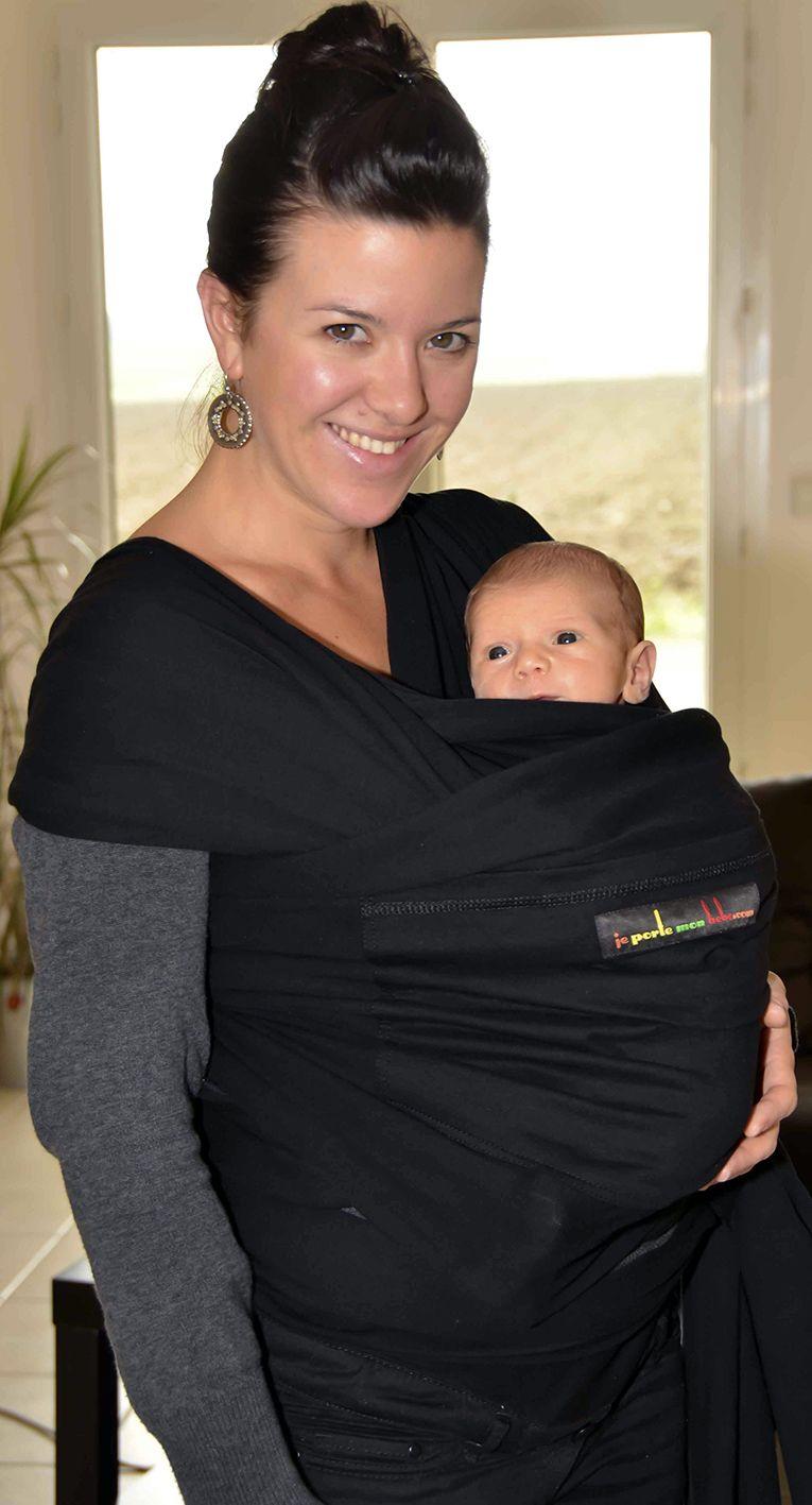 Porter bébé en écharpe de portage physiologique, c est le plus beau des  cadeaux ea9854bc50e